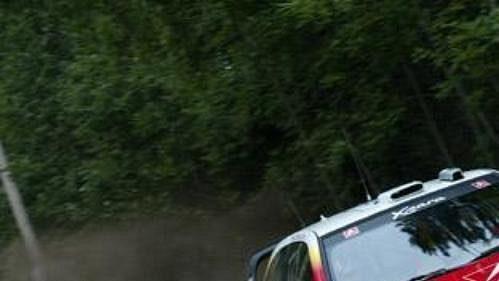 Thomas Radstrom s Citroënem Xsara na trati Finské rallye 2002.