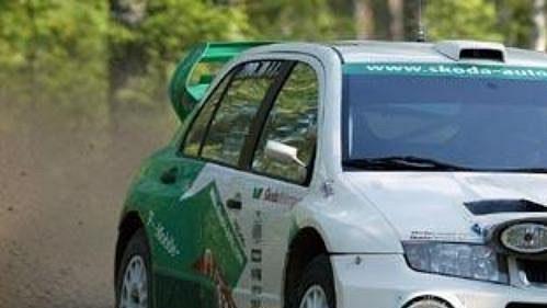 Fabia WRC při testování před letošní Finskou rallye.