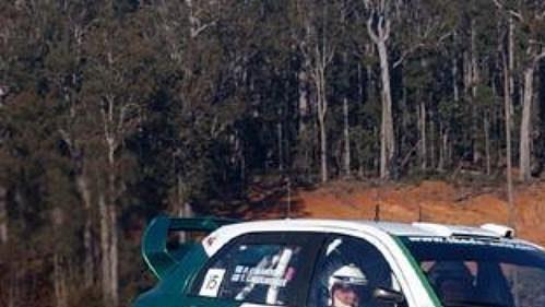 Fin Gardemeister na s Fabií WRC při průjezdu druhou rychlostní zkouškou Australské rallye.