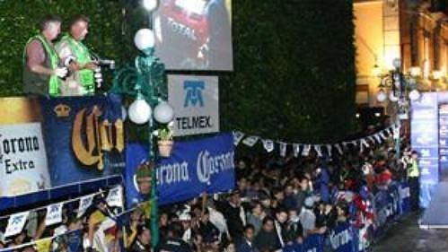 Slavnostní start Mexické rallye.