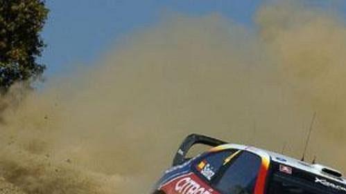 Carlos Sainz s citroenem na trati Kyperské rallye.