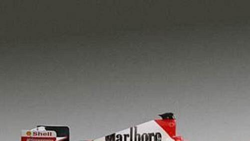 Nový monopost týmu Scuderia Ferrari Marlboro s označením F2004.