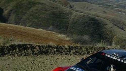 Gilles Panizzi s mitsubishi na trati Mexické rallye.