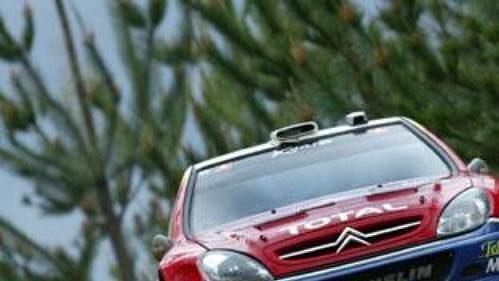 Skotský jezdec stáje Citroën Colin McRae na trati závěrečné etapy Australské rallye.
