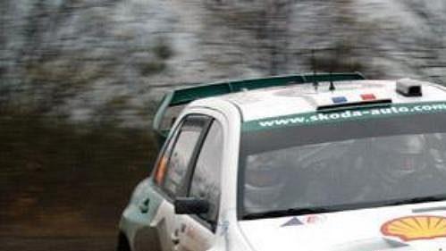 Didier Auriol s Fabií WRC při shakedownu Britské rallye.