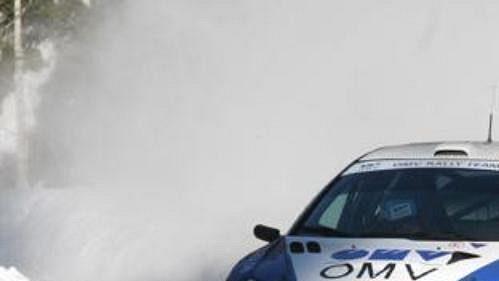 Soutěžní speciál pro rallye, na sedadle spolujezdce Jakub Janda.