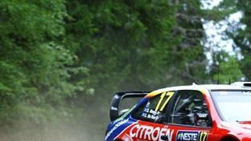 Colin McRae s citroënem na trati Finské rallye.