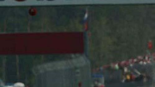 Fin Kimi Räikkönen na mclarenu při páteční kvalifikaci na GP Německa na okruhu v Hockenheimu.
