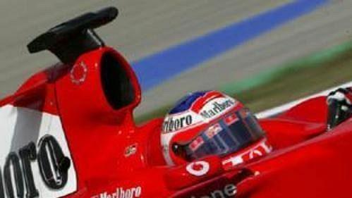 Rubens Barrichello na trati v Maďarsku.