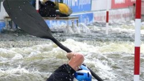 Britka Fiona Pennieová získala na MS ve vodním slalomu v Praze-Troji stříbro.