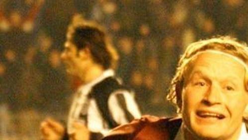 Oslavy po krásném gólu do sítě Besiktasu v Lize mistrů v podání autora branky Lukáše Zelenky