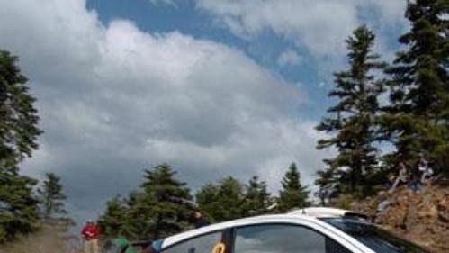 Francois Duval s fordem na trati sedmé rychlostní zkoušky Rallye Akropolis.