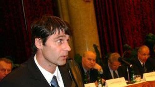 Jan Železný při projevu během volby nového předsedy Českého olympijského výboru