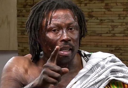 Ghanský šaman Nana Kwaku Bonsam prý zaklel portugalskou hvězdu Cristiana Ronalda.