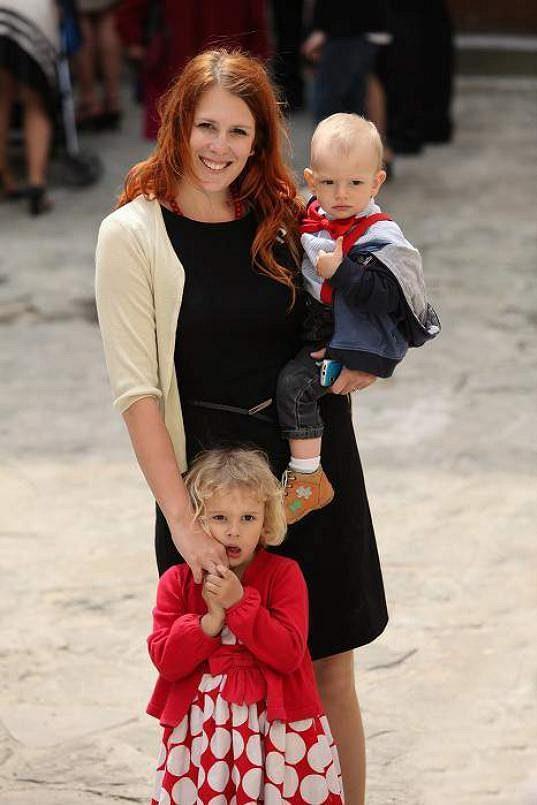 Šárka Grygarová a její ratolesti.