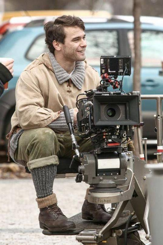 Vavřinec Hradilek si při natáčení filmu Tenkrát v ráji vyzkoušel i posez za kamerou.