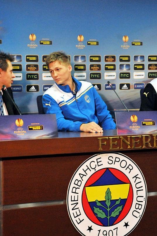 Obráce Plzně Václav Procházka při tiskové konferenci před odvetou osmifinále Evropské ligy na hřišti Fenerbahce Istanbul.