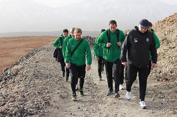Cesta fotbalistů Jablonce na sopku Teide.
