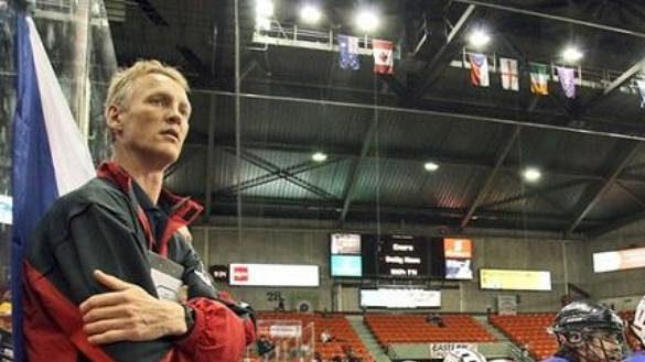 Jim Veltman na lavičce české reprezentace na MS 2007 v Halifaxu