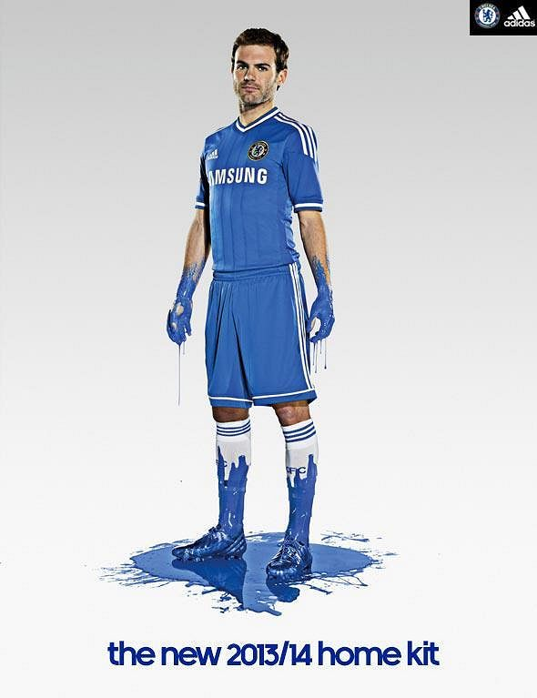 Juan Mata v novém dresu Chelsea.