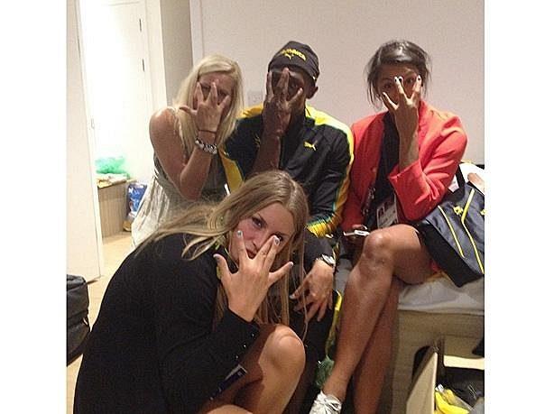 Usain Bolt slavil se třemi Švédkami