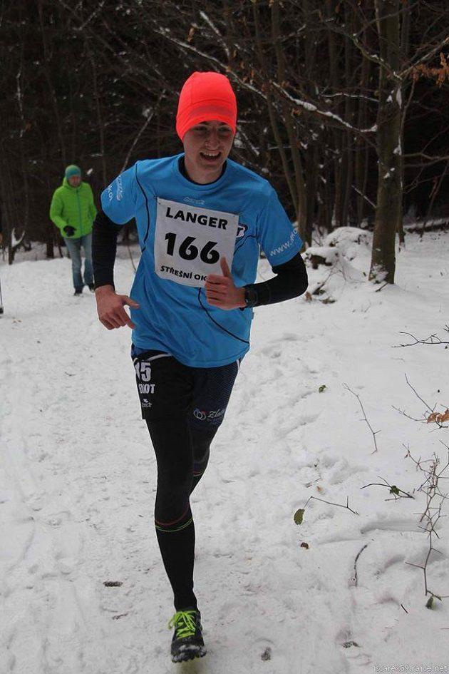 Patrik Holubář a závod v běhu na Andrlův chlum na rozhlednu. Dva kilometry v Ústí nad Orlicí (v zimě) čas 13:45 a v roce 2014 čas 15:54.