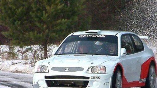 Roman Kresta při testech vozu Hyundai Accent WRC před Rallye Monte Carlo.