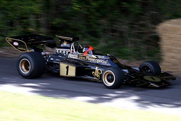 A takhle v roce 1972 jeho dědeček Emerson Fittipaldi.