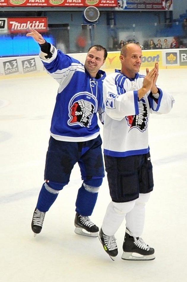 Martin Straka (vpravo) a Jaroslav Špaček při své rozlučkové exhibici.