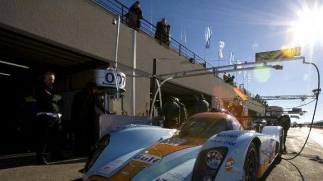 Prototyp Aston Martin LMP1, v jehož kokpitu se budou střídat také Tomáš Enge a Jan Charouz.