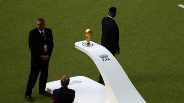 Pohár pro mistry světa před startem finálového utkání