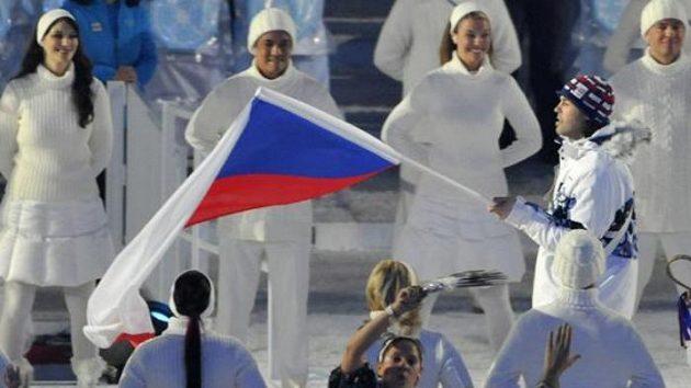 Jaromír Jágr s českou vlajkou