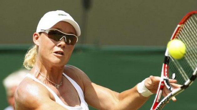 Australská tenistka Samanta Stosurová během utkání 3. kola Wimbledonu proti Srbce Aně Ivanovičové