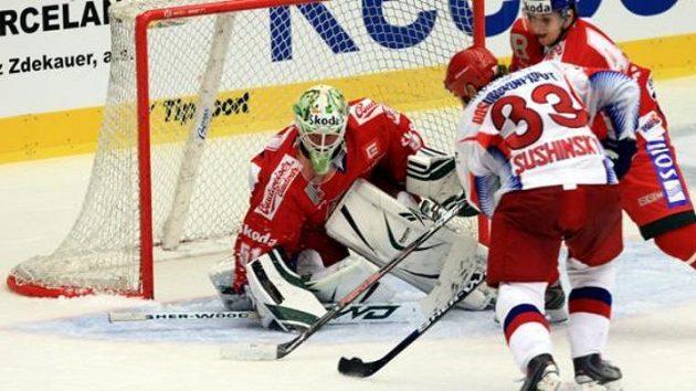 Šance ruského hokejisty Sušinského