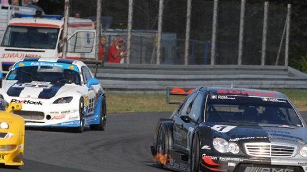 Tomáš Enge s vozem Mercedes AMG DTM C-Klasse při závodu MMČR divize 4 na okruhu v polské Poznani.
