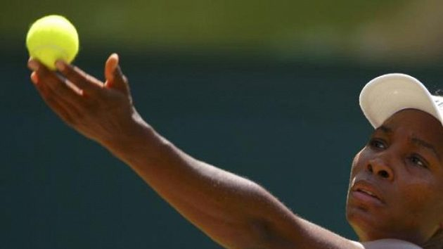 Americká tenistka Venus Williamsová během 3. kola Wimbledonu