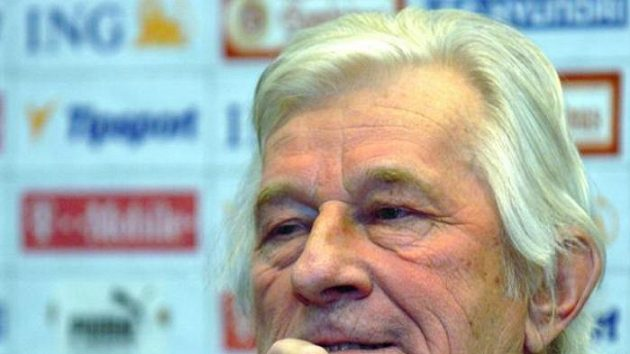 Trenér Karel Brückner