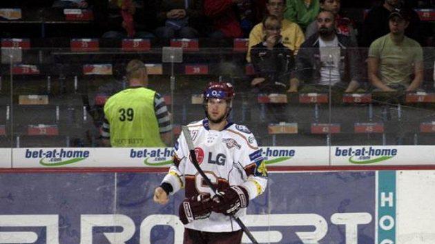 Útočník hokejové Sparty Martin Podlešák