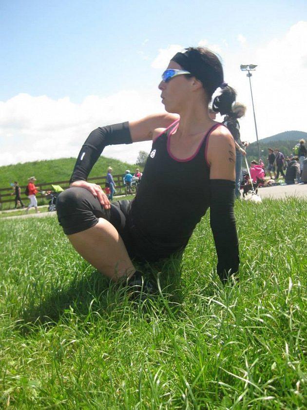 Lucie Švecová za pět let vymazala ze svého těla téměř 50 kilo hmoty. Dnes kila navíc prostě nejsou.