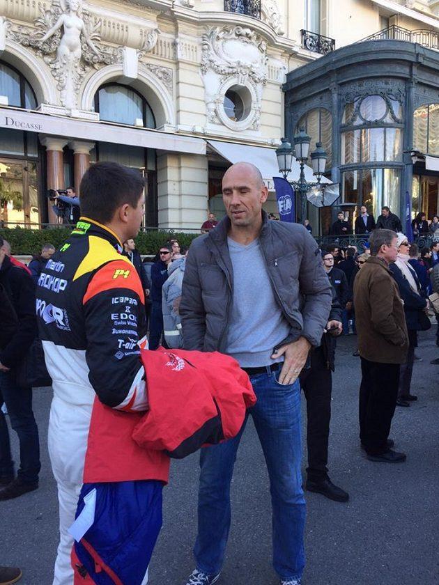 Martin Prokop, závodní pilot mistrovství světa, v rozhovoru s bývalým fotbalovým reprezentantem Janem Kollerem.