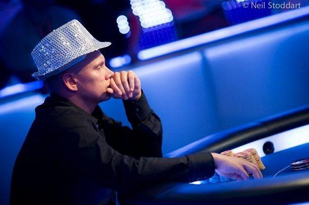 Ilari Sahamies je skutečná pokerová hvězda a velký sportovec