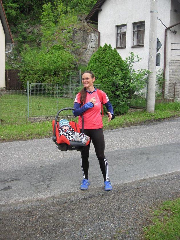 Vanda Kadeřábková-Březinová: ultra-běžkyně, ultra-matka.