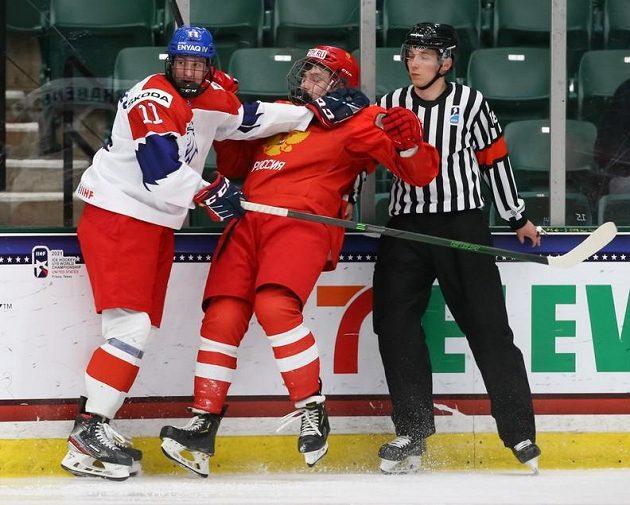 Čeští hokejisté doplatili v duelu s Ruskem na MS hráčů do 18 let na řadu vyloučení.