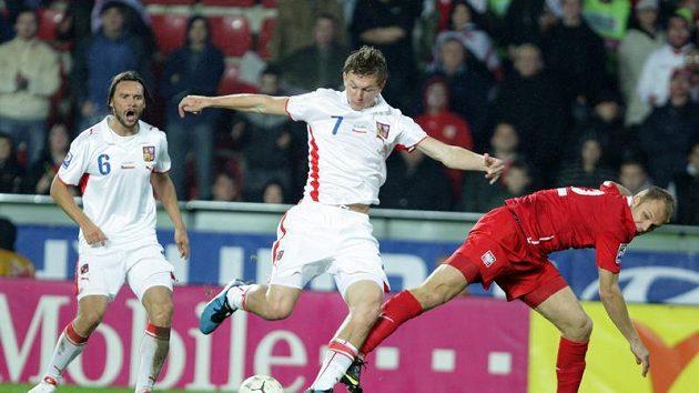 Tomáš Necid otvírá skóre v zápase s Polskem