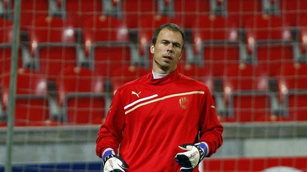 Plzeňský brankář Pavlík na tréninku Plzně před zápasem s Barcelonou.
