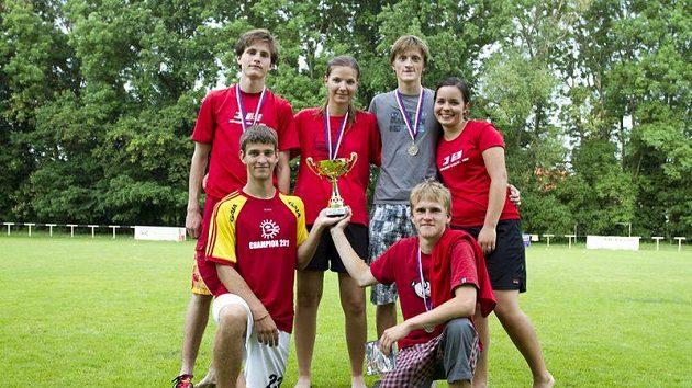 Vítěz Středoškolské ligy 2010-2011 gymnázium Jírovcova z Českých Budějovic. Letos vyhráli jak halovou, tak i venkovní část.