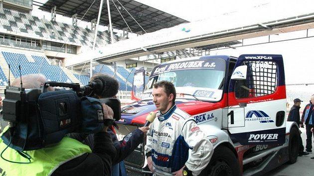 David Vršecký vysvětluje, proč se rekordní pokusy na Lausitzringu nepovedly.