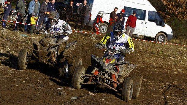 Poslední závod MČR v cross country čtyřkolek v Lažanech.