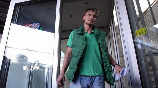 Bývalý hráč Bohemians Praha Miroslav Obermajer po slyšení před disciplinární komisí, která se snažila vyřešit údajnou korupci ze strany Sigmy Olomouc.