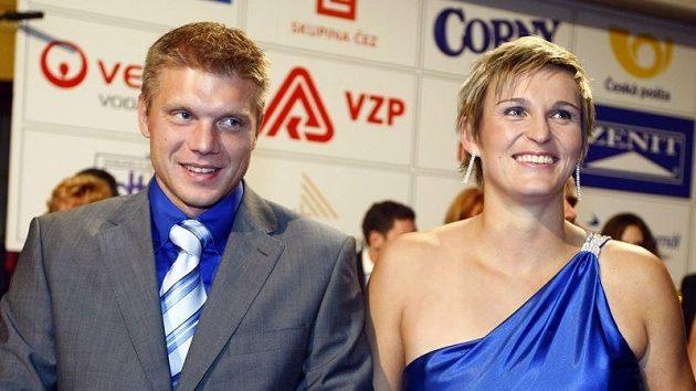 Barbora Špotáková a její přítel Lukáš Novotný.